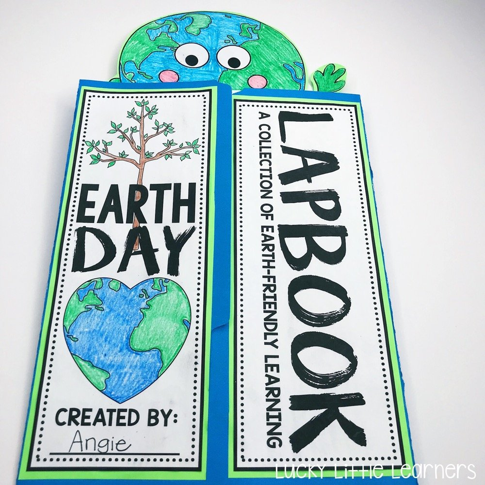 This Earth Day lapbook is awesome! It covers the 3 R's: reduce, reuse, and recycle. It also covers how to take care of the planet and how to sort different recyclables.