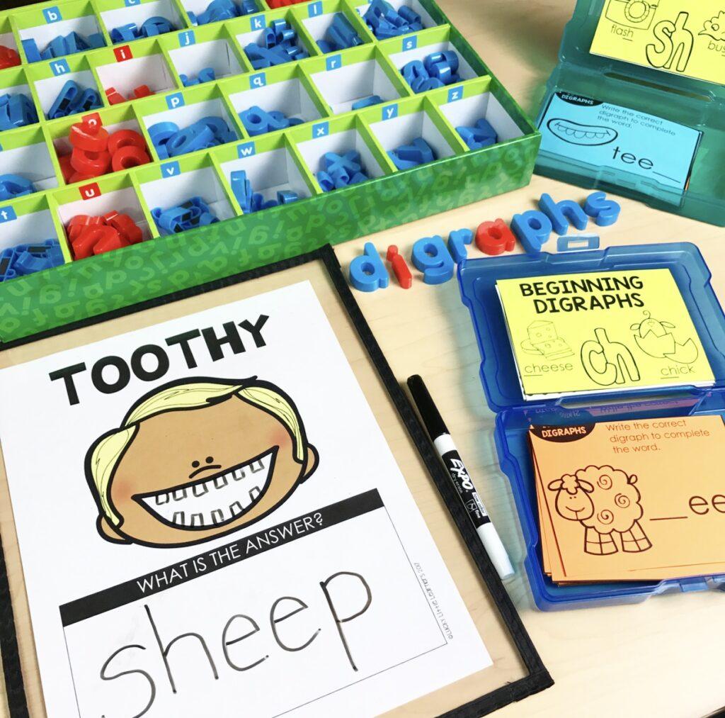 printed phonics toothy game
