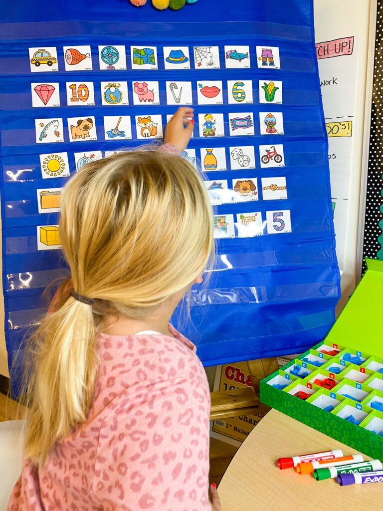 picture cards for use in phonemic awareness and phonics intervention lessons